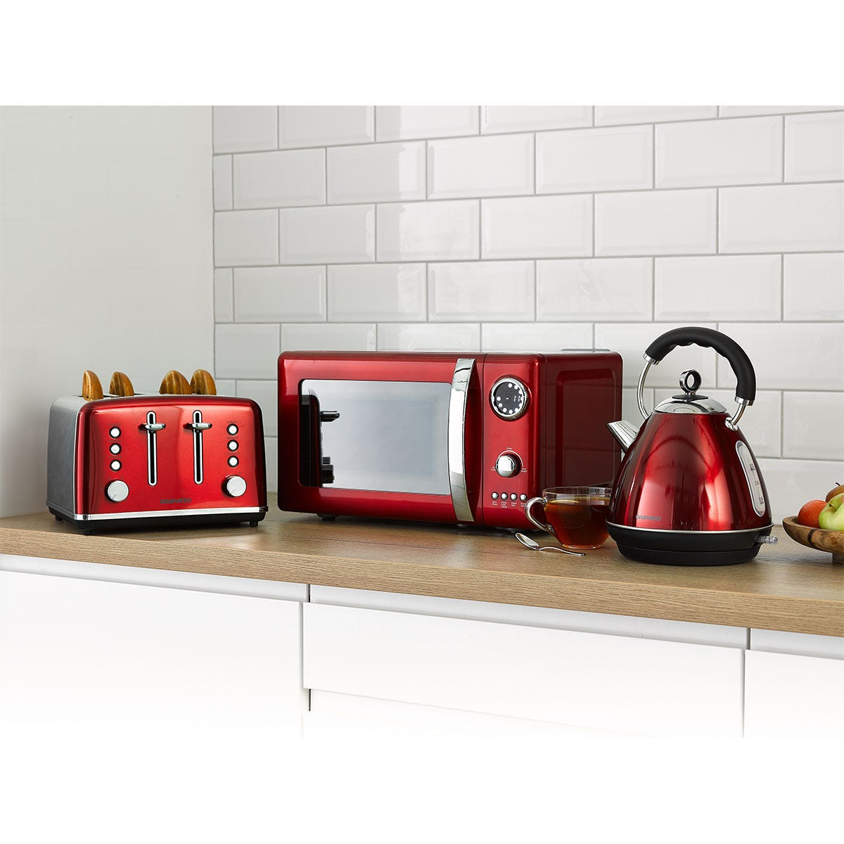 Daewoo SDA2527DS Kensington 1.7L Pyramid Kettle, 4-Slice Toaster, and 20L Digital Microwave Bundle - Red