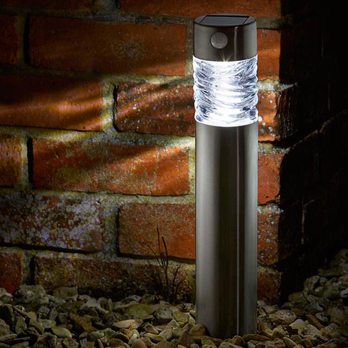 Smart Solar Super Bright Solar-Powered Pharos Bollard Light
