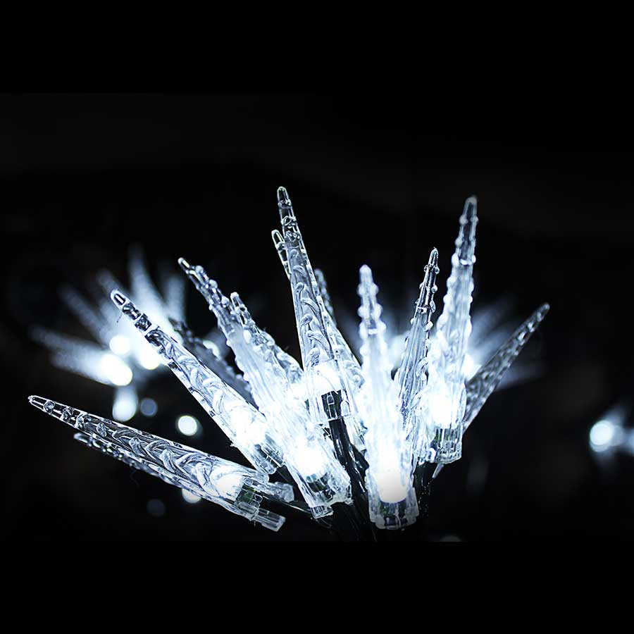 Image of Robert Dyas 15 Battery Operated Static LED Icicle Indoor Lights - Bright White