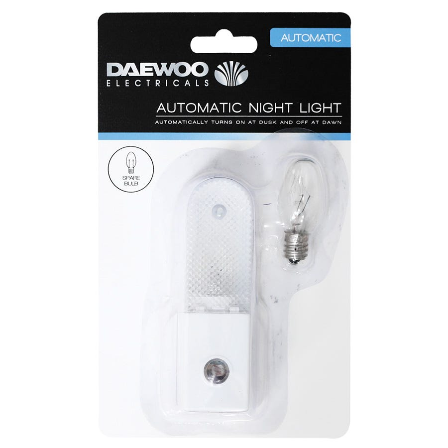 Compare cheap offers & prices of Daewoo Automatic Night Light with Spare Bulb manufactured by Daewoo