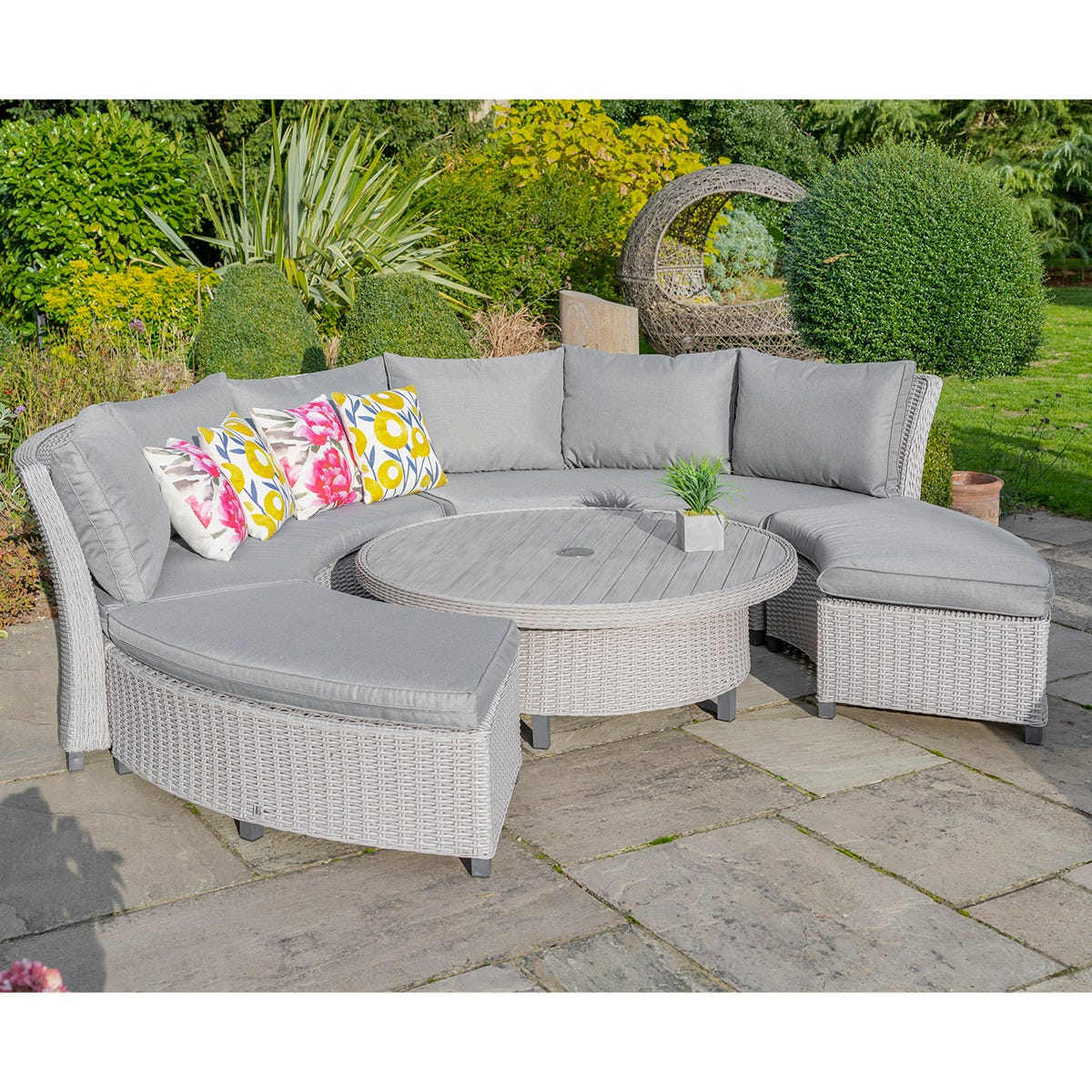 LG Outdoor Oslo Curved Modular Dining Set with Crank Adjustable Table