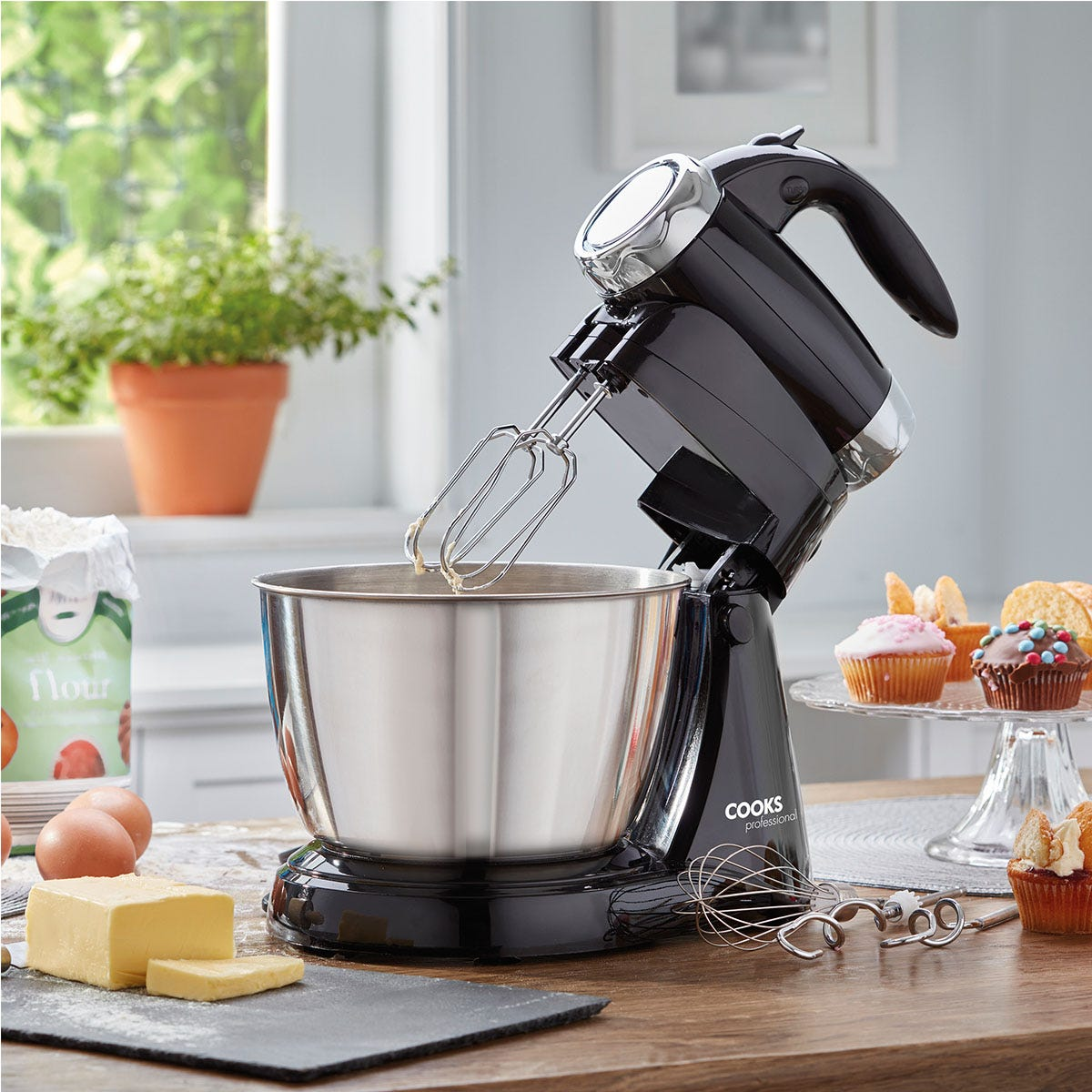 Cooks Professional G3206 2-in-1 Hand Whisk and Stand Mixer - Black and Silver