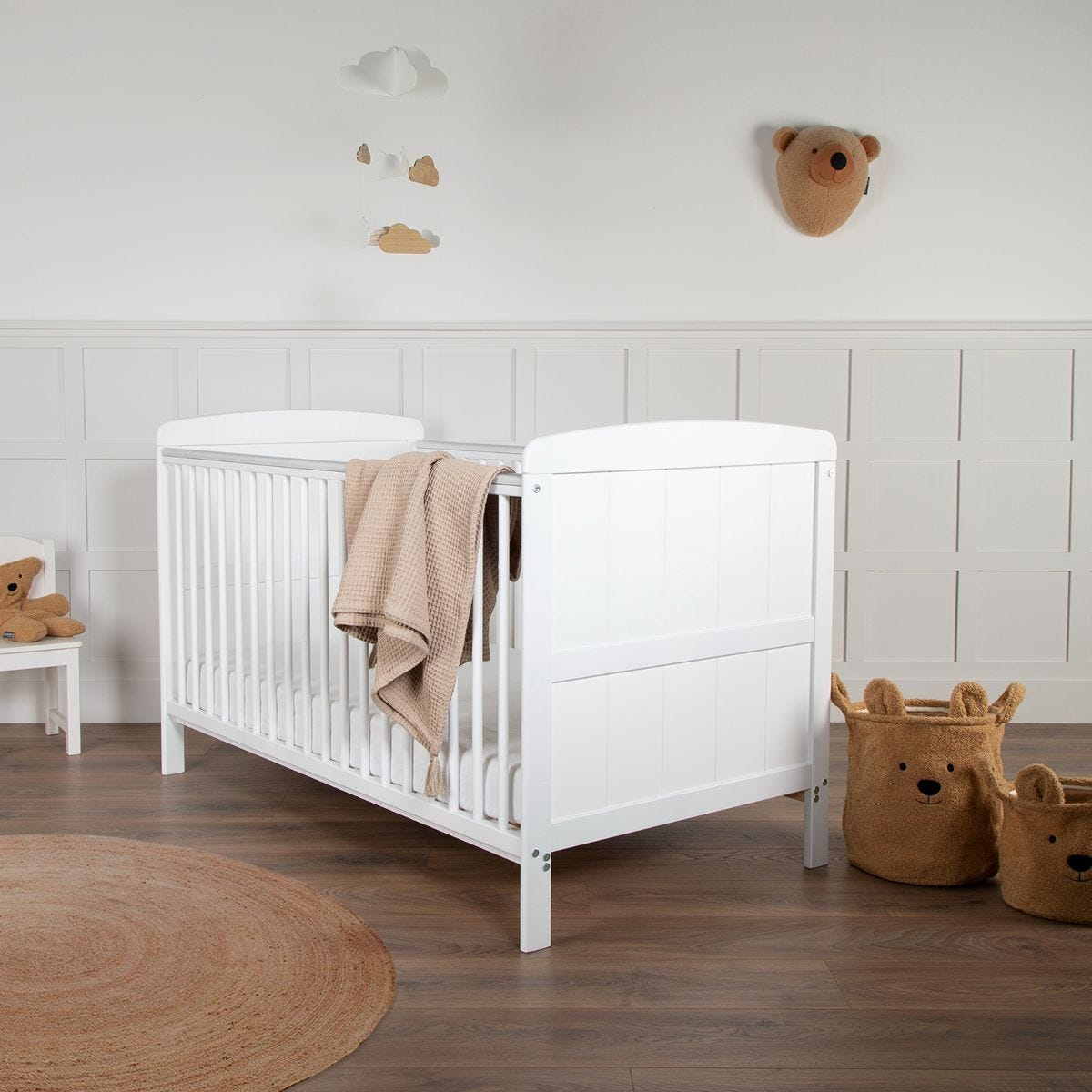CuddleCo Juliet Cot Bed with Mother & Baby First Gold Foam Mattress White