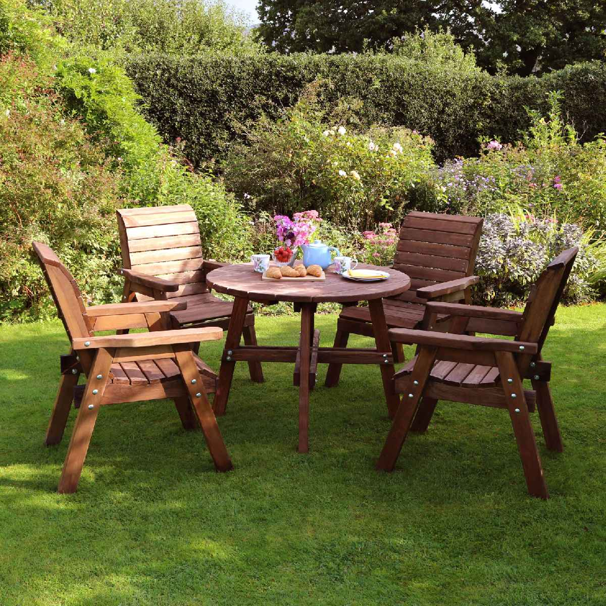 Zest4Leisure Charlotte Round Table and 4 Chair Dining Set