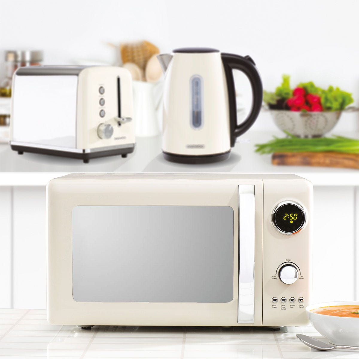 Daewoo Kensington SDA1569GE 1.7L 3KW Jug Kettle, Kensington SDA1582GE 2-Slice Toaster, and Kensington SDA1654GE 20L 800W Digital Microwave Bundle - Cream