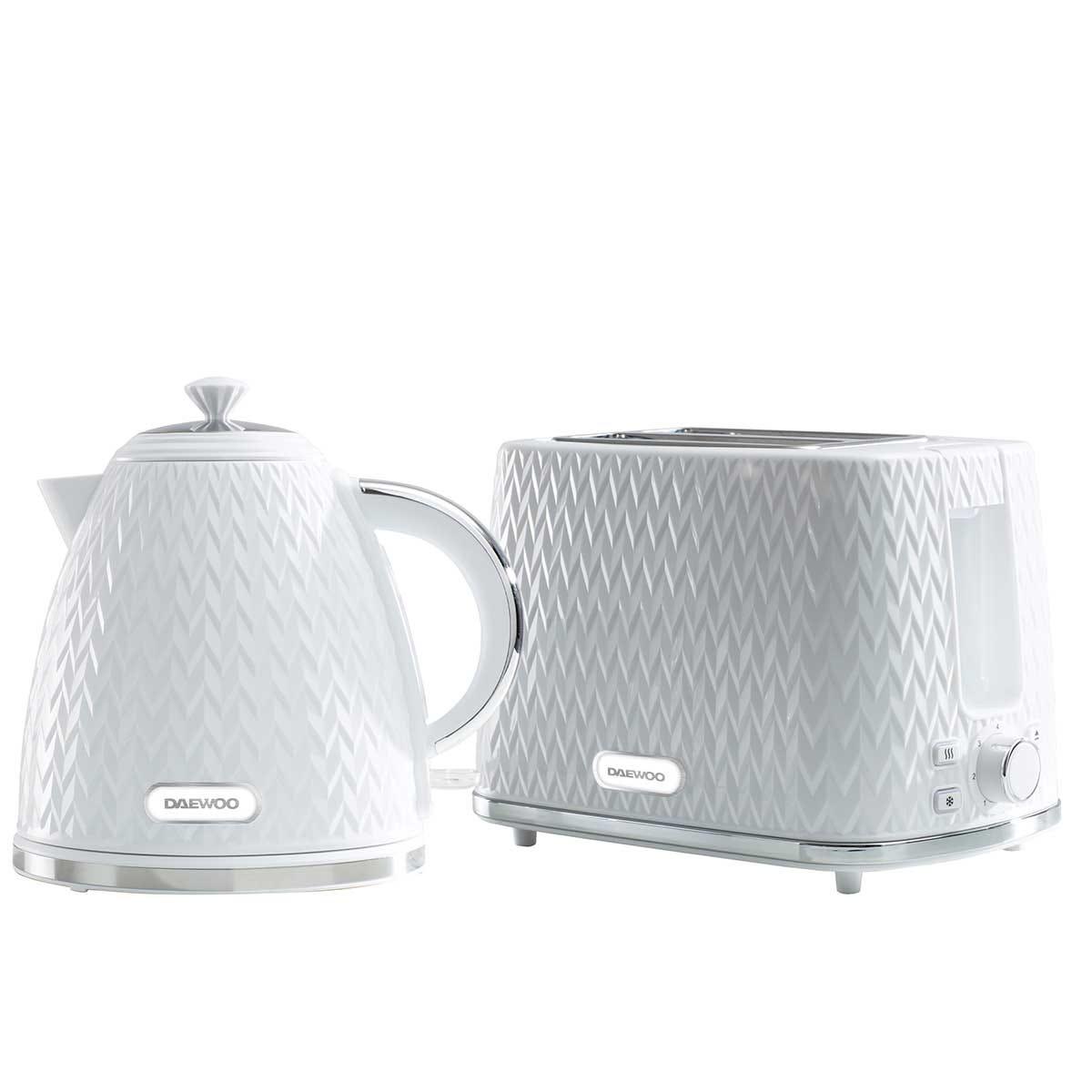 Daewoo SDA2393DS Argyle 1.7L 3KW Jug Kettle and 2 Slice Toaster Set - White