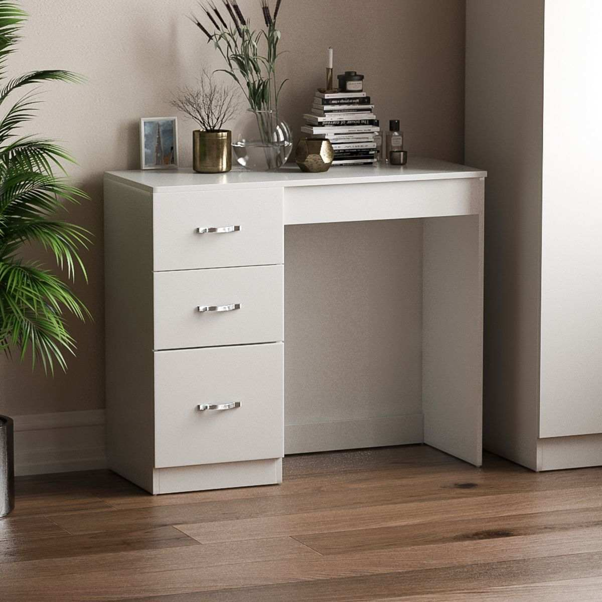 Vida Designs Riano Dressing Table, White