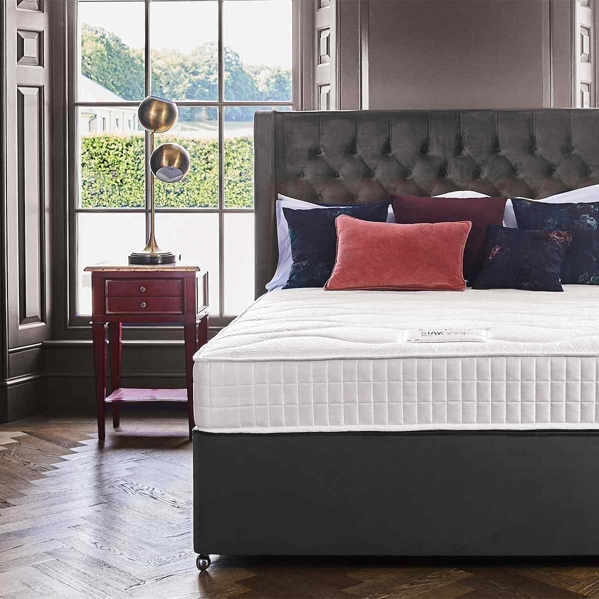 Sleepeezee Cooler Support 900 King Mattress