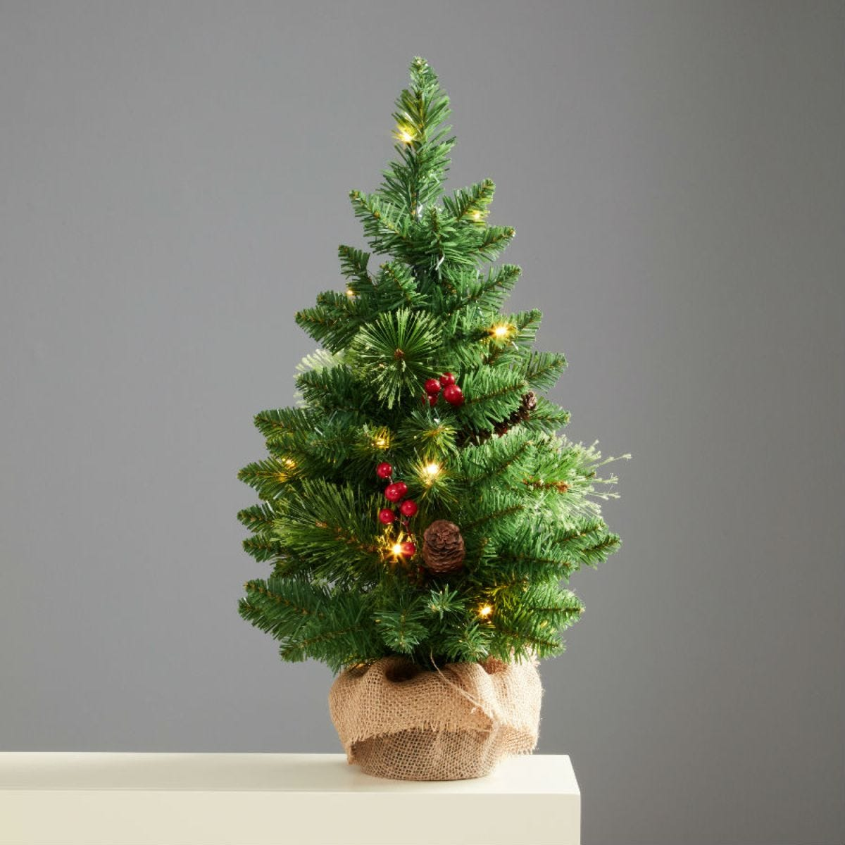 Robert Dyas 2ft Pre-Lit Richmond Tabletop Christmas Tree