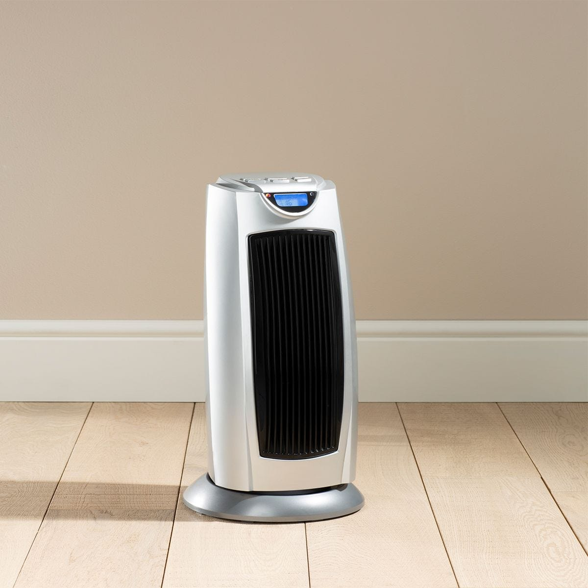 Fine Elements Tower Heater With Remote Control