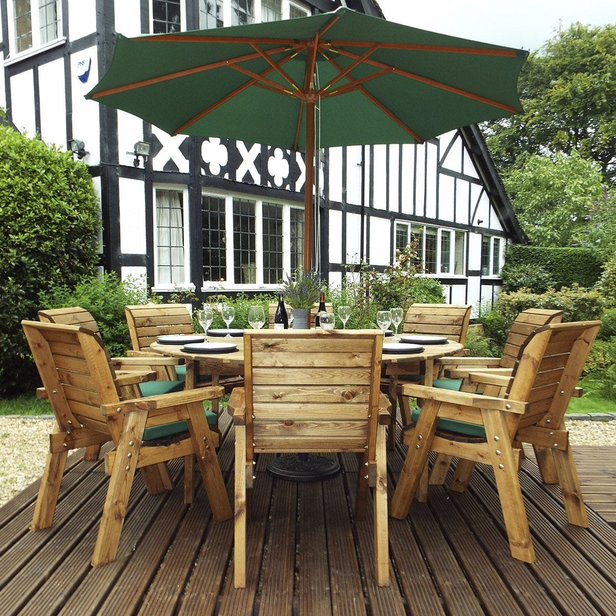 Charles Taylor 8 Seater Round Table Set with Cushions, Storage Bag, Parasol and Base