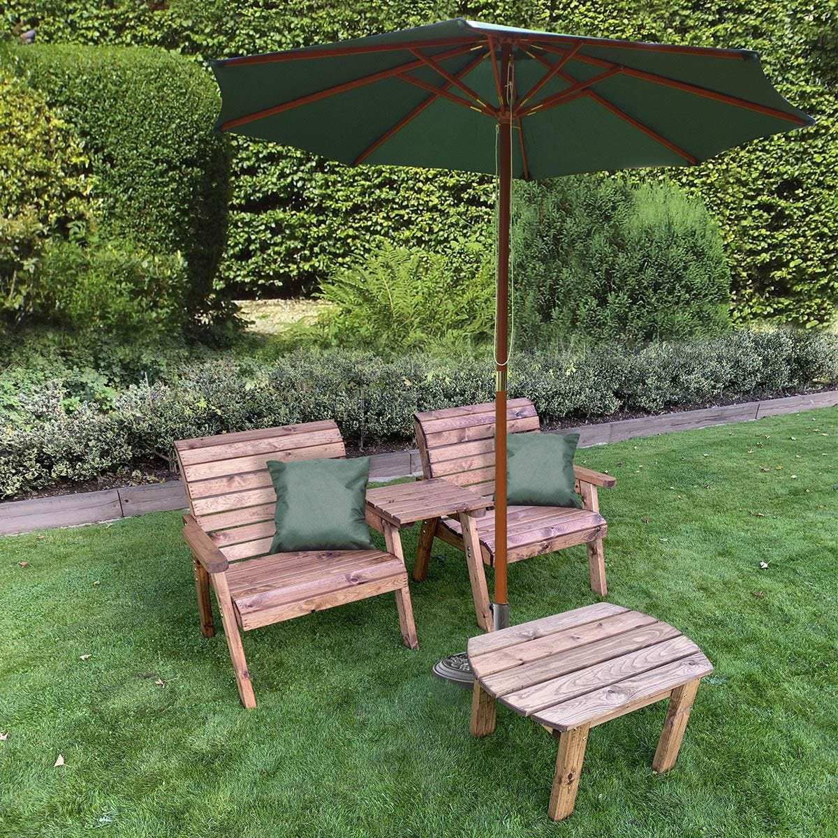 Charles Taylor Grand Twin Straight with Coffee Table and Green Parasol and Cushions