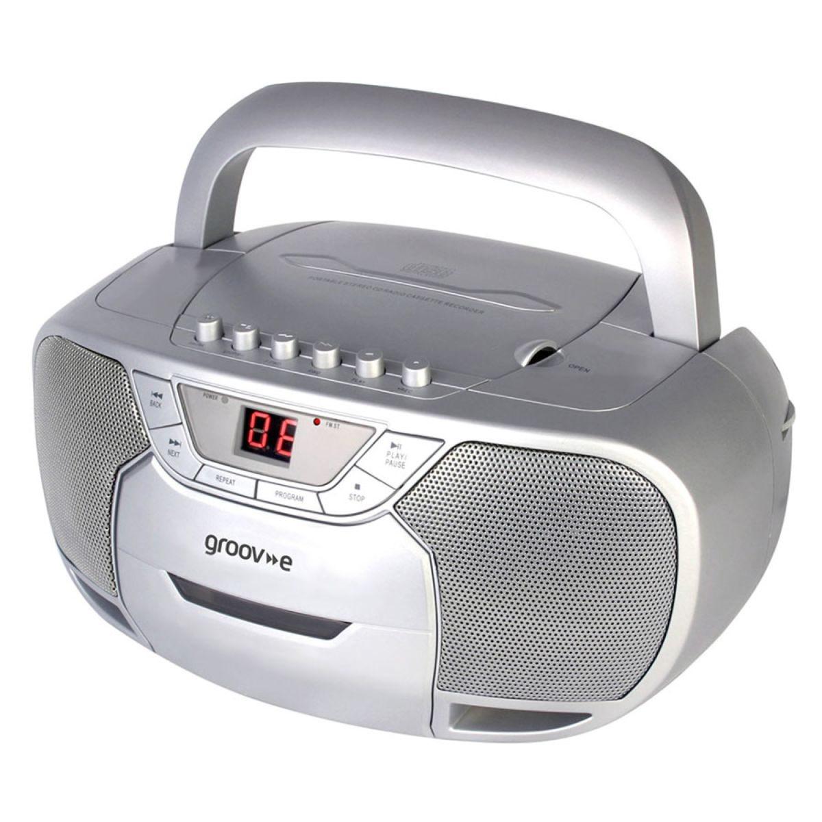Groov-e Portable CD/Radio/Cassette Boombox – Silver