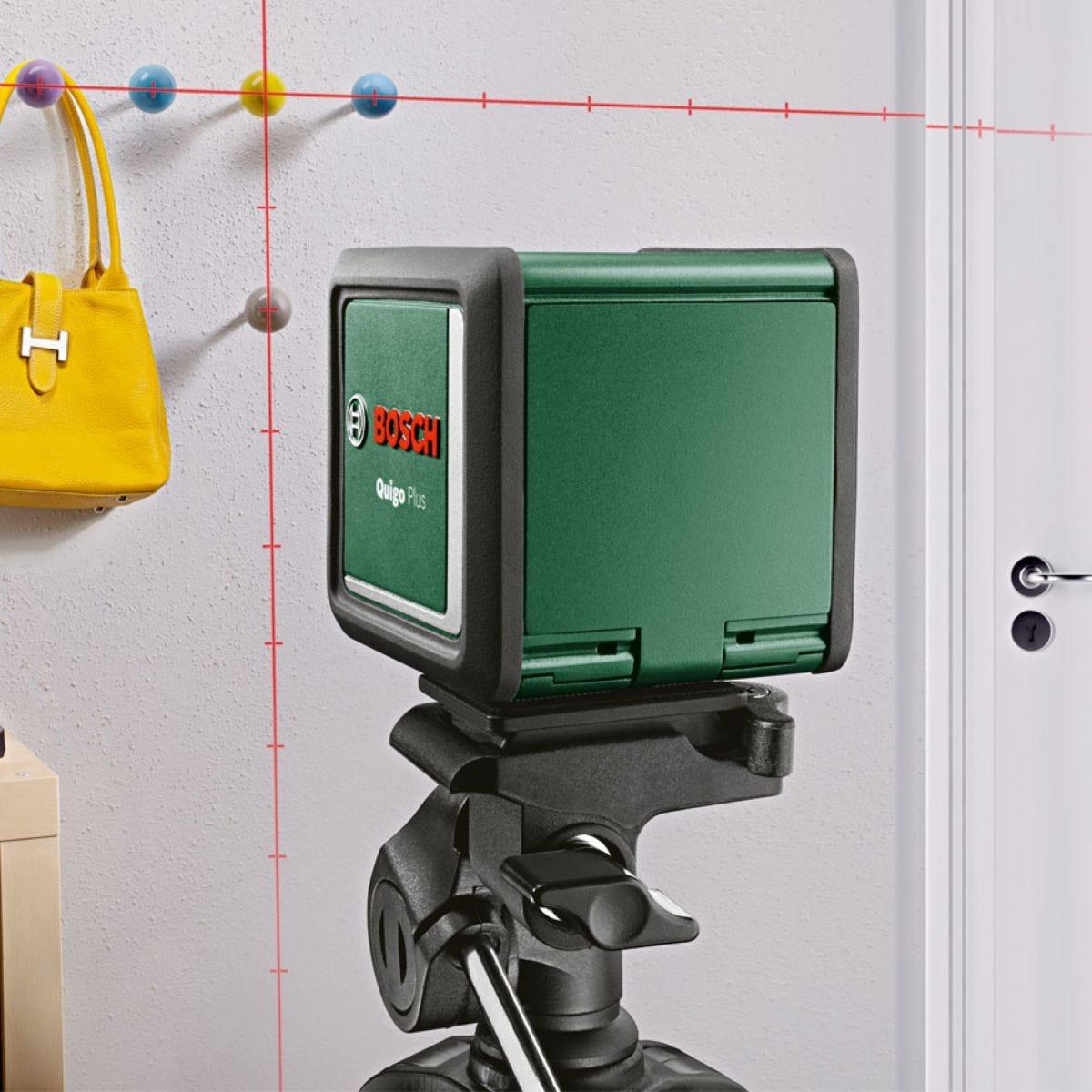 Bosch Quigo Plus Cross Line Laser with Tripod