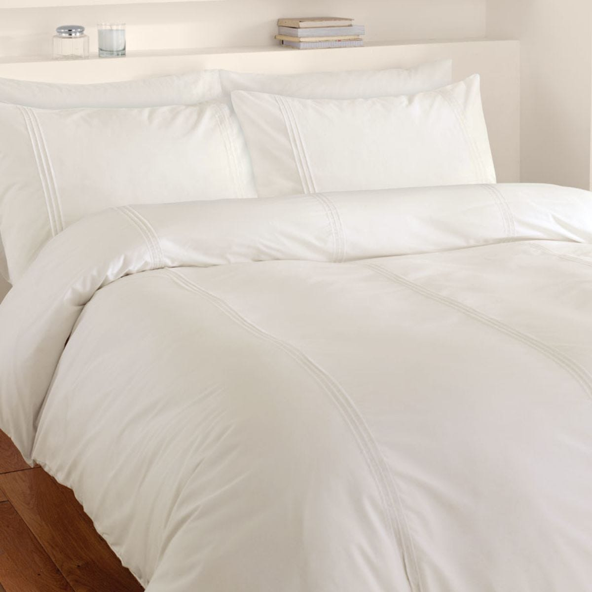 Catherine Lansfield Minimalist Bed Set - Cream