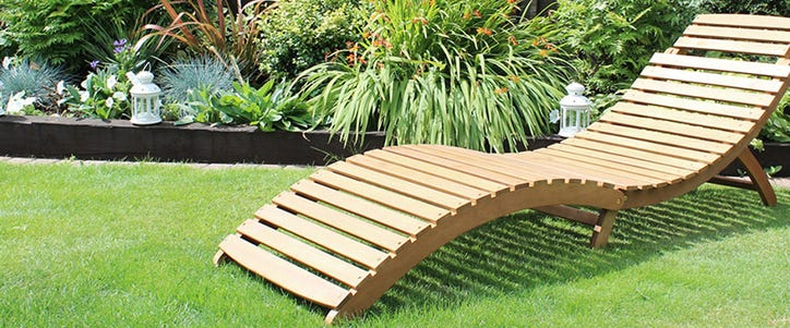 folding wooden curved sun lounger
