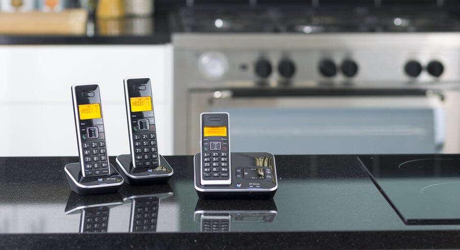 Telephones Buying Guide: Types, Features and the Best Home Phones Around