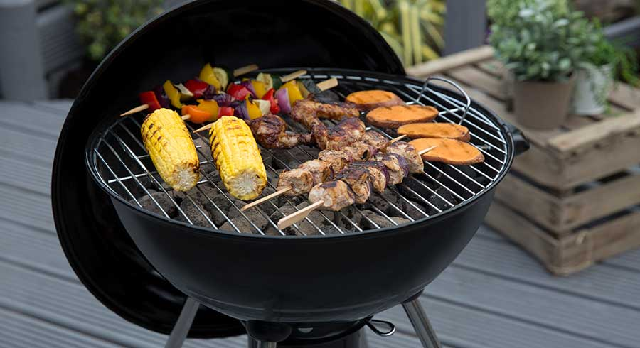 How to Start a BBQ – A Beginner Guide