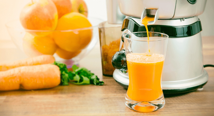 Juicers, Blenders and Extractors: What's the Difference?