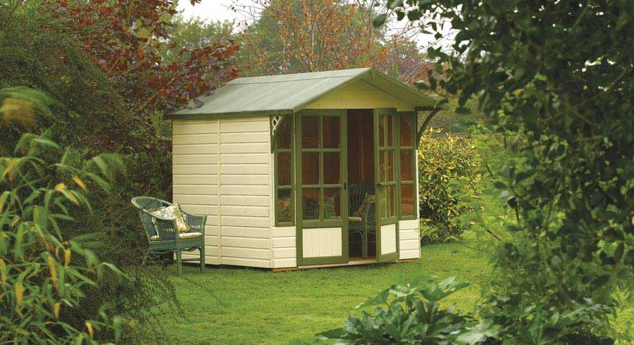 Summer House Buying Guide: Your Key Questions Answered