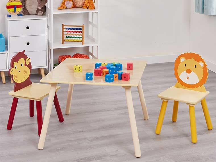 Playroom - table set