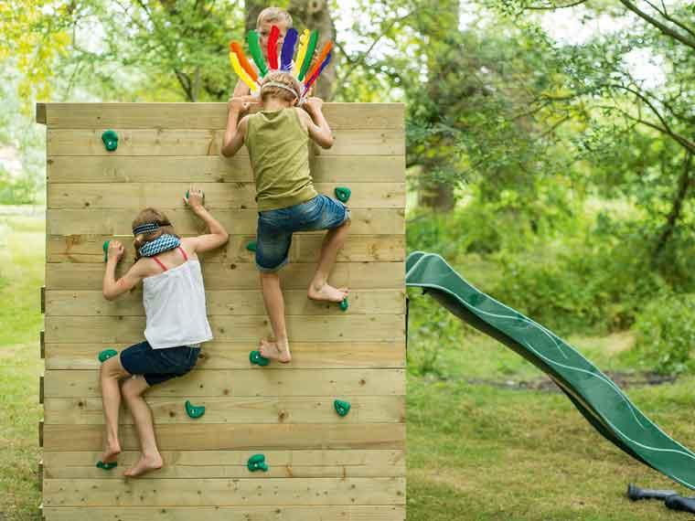 Outdoor Living - Outdoor Play