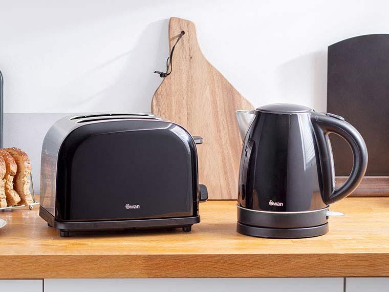 Kitchen Electricals Deals - swan black