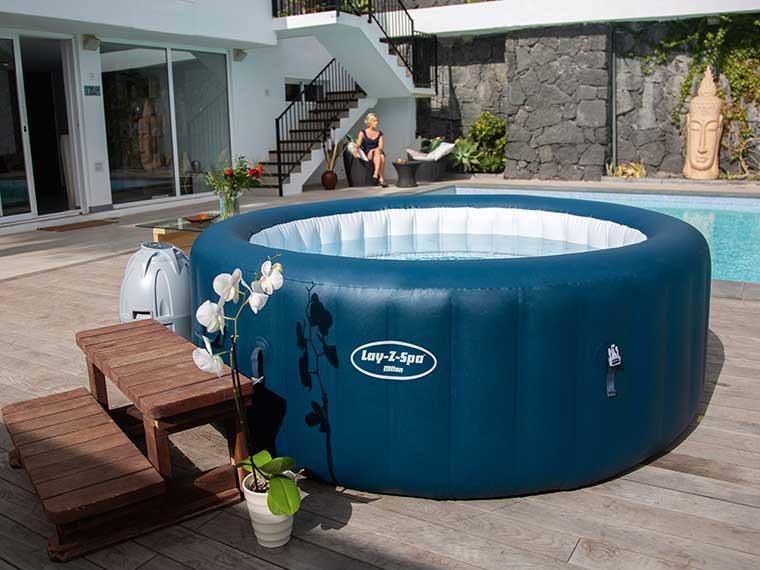 Hot Tubs & Spas - lazyspa