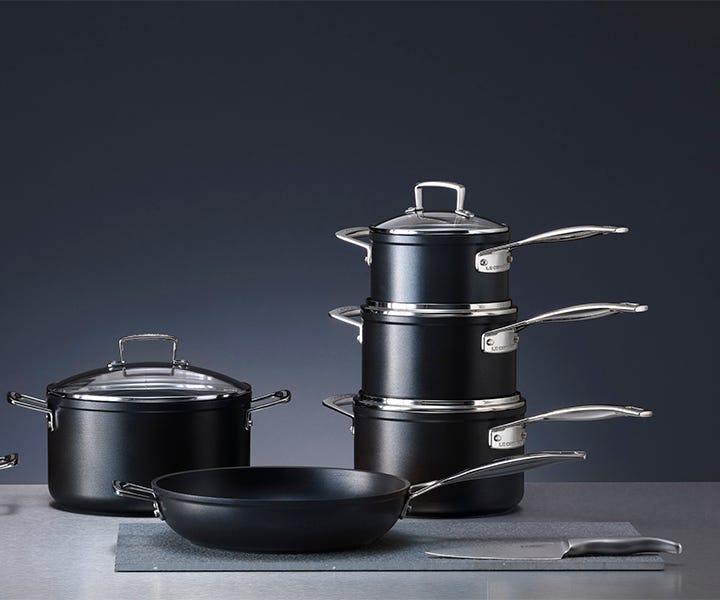 Le Creuset toughened non-stick pan set