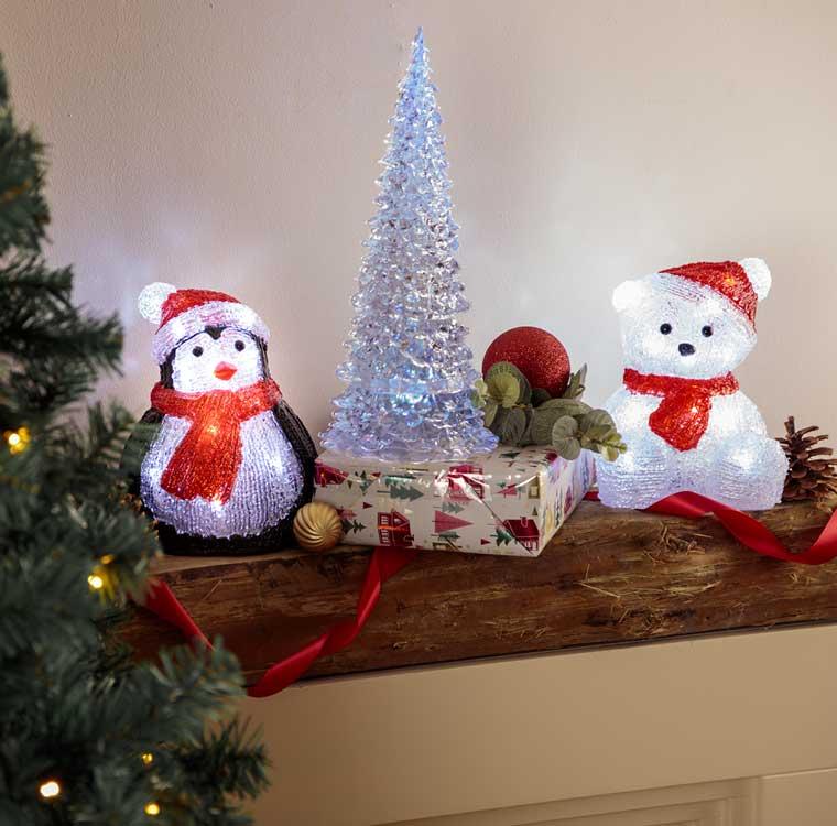 Christmas Decorations at Robert Dyas